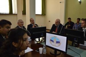 Matyáš Zrno na univerzitě al-Farábí v Kazachstánu