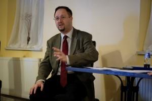 Konzervativci vrací úder – Roman Joch beseduje v Brně na pozvání Pravého břehu